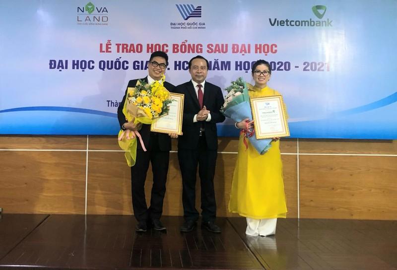 Novaland trao tang 31 hoc bong cho hoc vien, nghien cuu sinh DHQG TP.HCM-Hinh-2