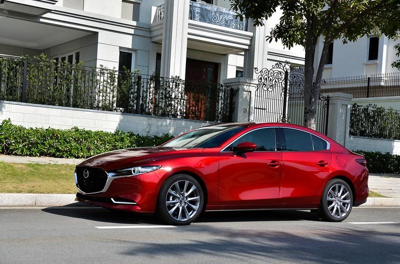 Uu dai dac biet danh cho khach hang mua xe Kia, Mazda trong thang 6/2021-Hinh-2