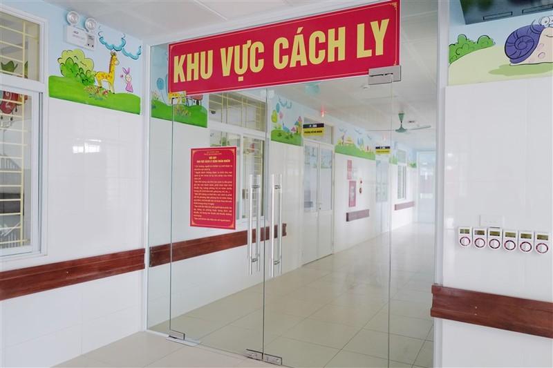Them mot Trung tam ICU dieu tri benh nhan Covid-19 nang di vao van hanh-Hinh-6