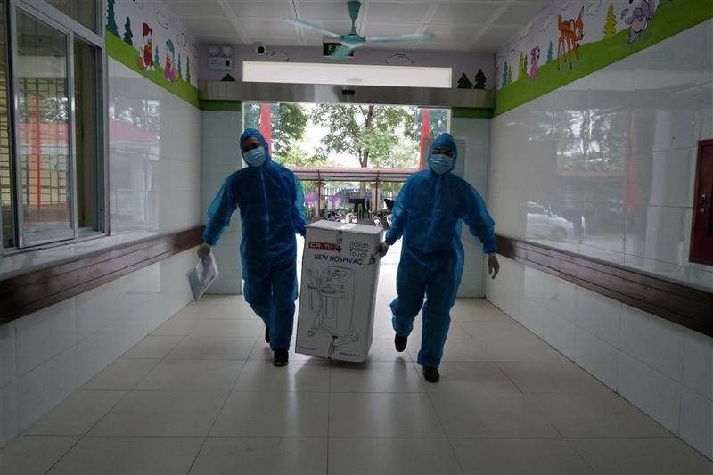 Them mot Trung tam ICU dieu tri benh nhan Covid-19 nang di vao van hanh