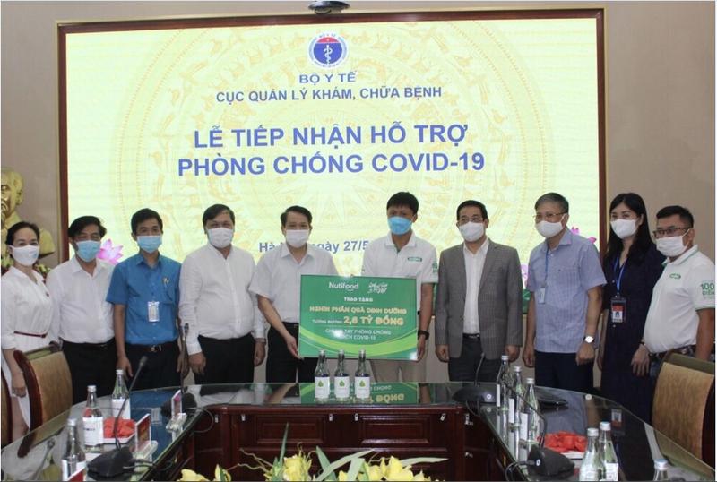 """Quy Phat trien Tai nang Viet """"Bac tien"""" chung tay phong chong Covid-19-Hinh-2"""