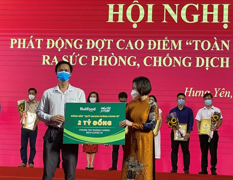 """Quy Phat trien Tai nang Viet """"Bac tien"""" chung tay phong chong Covid-19"""