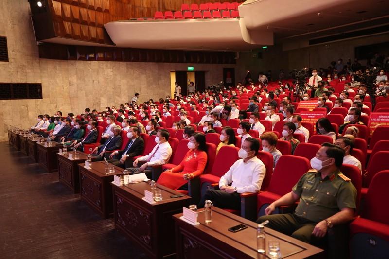 Sun Group ung ho thanh pho Ha Noi 55 ty mua vac-xin phong chong Covid-19-Hinh-2