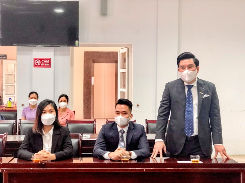 Xe cuu thuong va kit test Covid-19 duoc Danko Group trao tang Thanh Hoa-Hinh-2