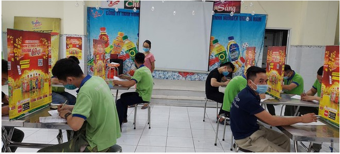Ba Tran Uyen Phuong: Sang tao trong kinh doanh, song chung voi dich