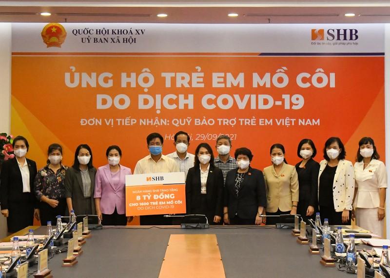 Chia se yeu thuong: SHB ung ho 1.600 tre em mo coi do dai dich COVID-19-Hinh-2