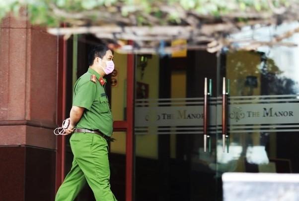 Cong an kham xet nha Pho chu tich TP.HCM Tran Vinh Tuyen
