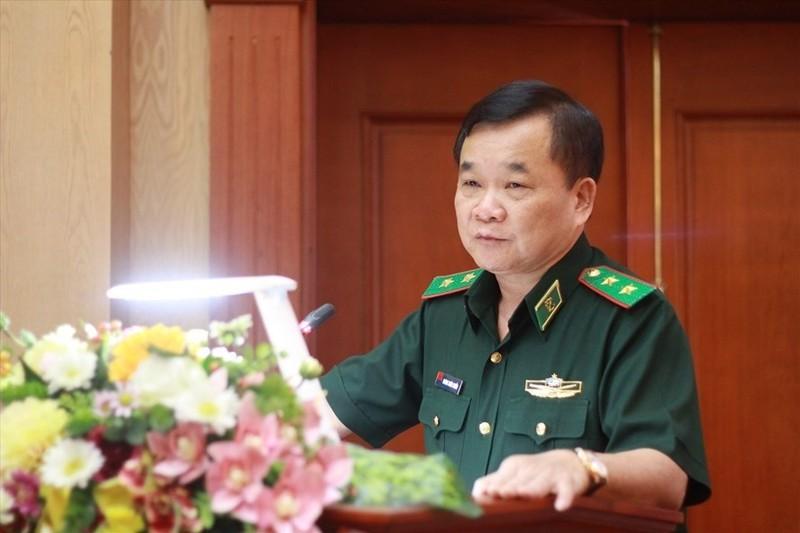 Tuong Hoang Xuan Chien giu vi tri nao truoc khi lam Thu truong Bo Quoc phong?