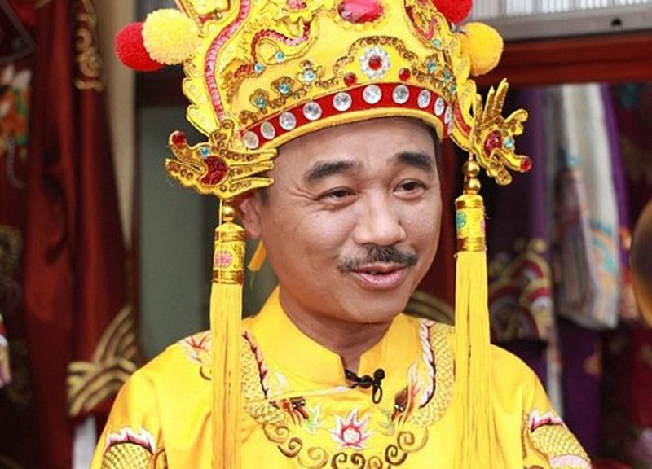 Quoc Khanh, Minh Vuong: Giau noi co don tuoi xe chieu