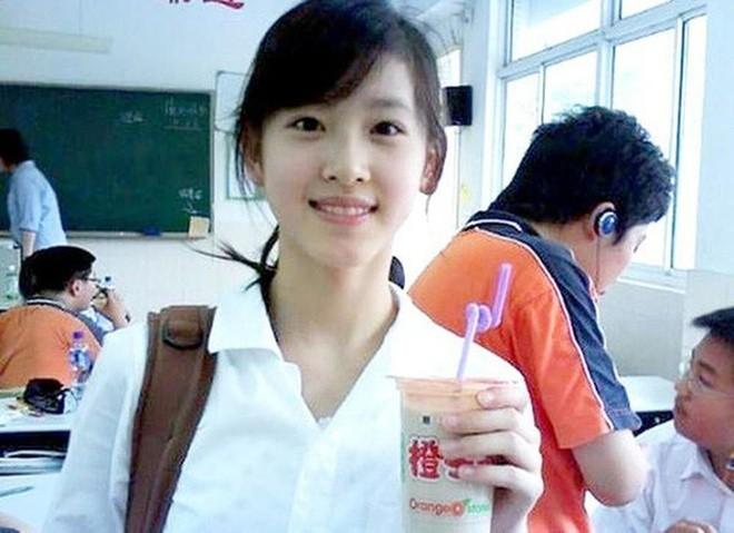 "Bat chap be boi cua chong, ""Hot girl tra sua"" thanh ty phu Trung Quoc-Hinh-2"