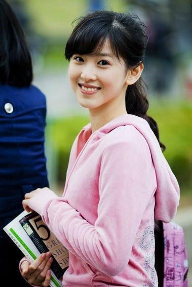 "Bat chap be boi cua chong, ""Hot girl tra sua"" thanh ty phu Trung Quoc-Hinh-3"