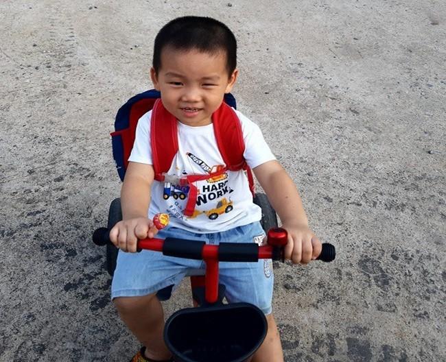 Em be so sinh chao doi voi can nang ky luc 7,1kg, gio ra sao?-Hinh-4