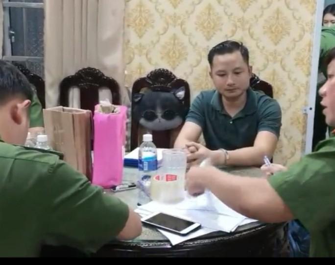 """Luat su cua cha con ong Thien """"Soi"""" noi gi ve vu an?-Hinh-2"""