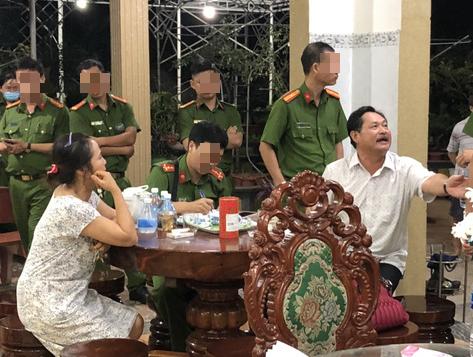 """Luat su cua cha con ong Thien """"Soi"""" noi gi ve vu an?"""