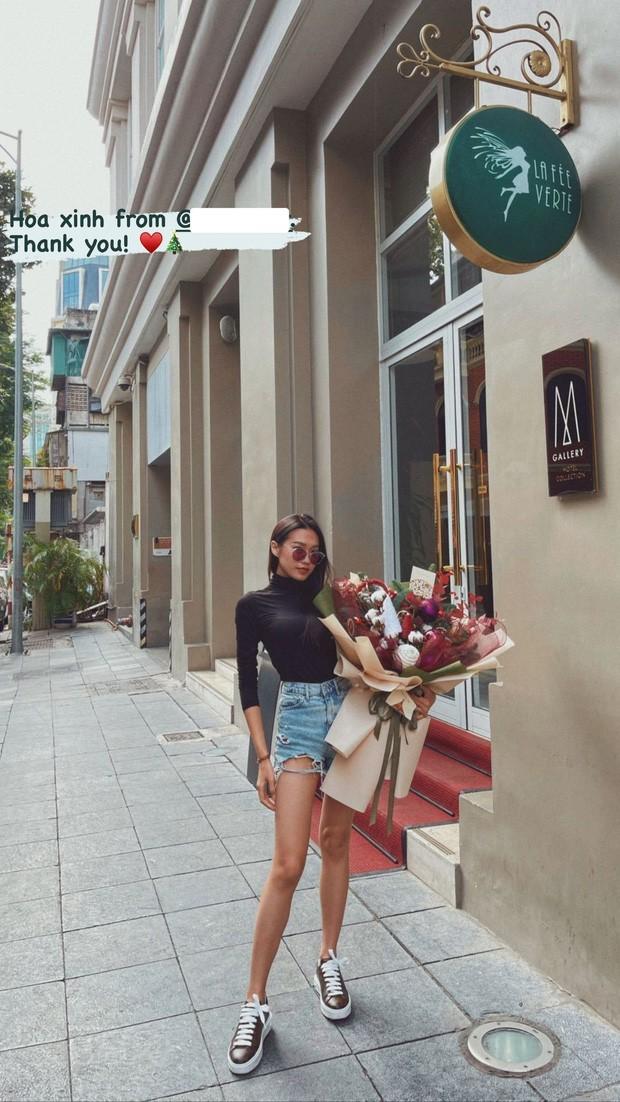 Ban gai tin don Van Hau khoe chan dai thang tap nhin ma me-Hinh-4