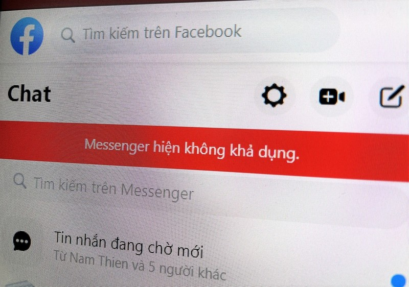 "Facebook Messenger loi, dan tinh ru nhau keu goi ""hoi sinh"" chat Yahoo"