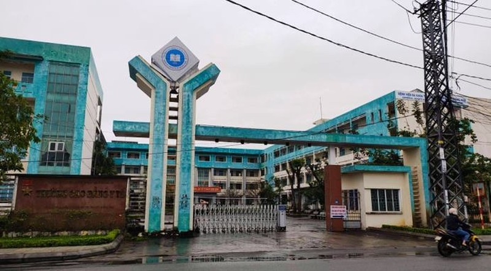 Giang vien Cao dang Y te Quang Nam nhan 40 trieu cua sinh vien