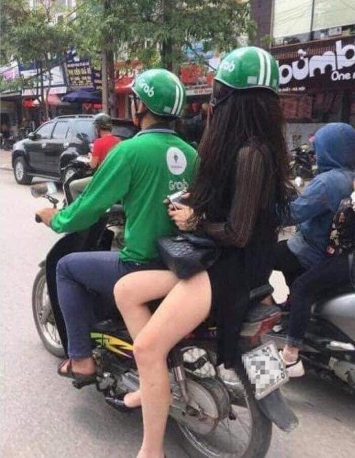 Loat tai xe xe om cong nghe so huong, hoi FA nhin phat ghen-Hinh-3