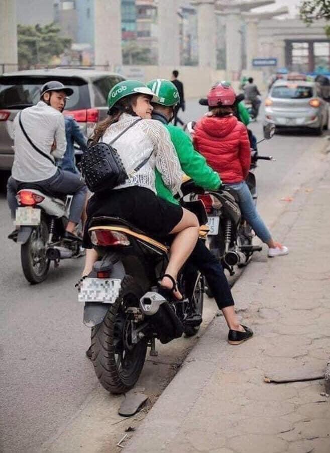 Loat tai xe xe om cong nghe so huong, hoi FA nhin phat ghen-Hinh-4