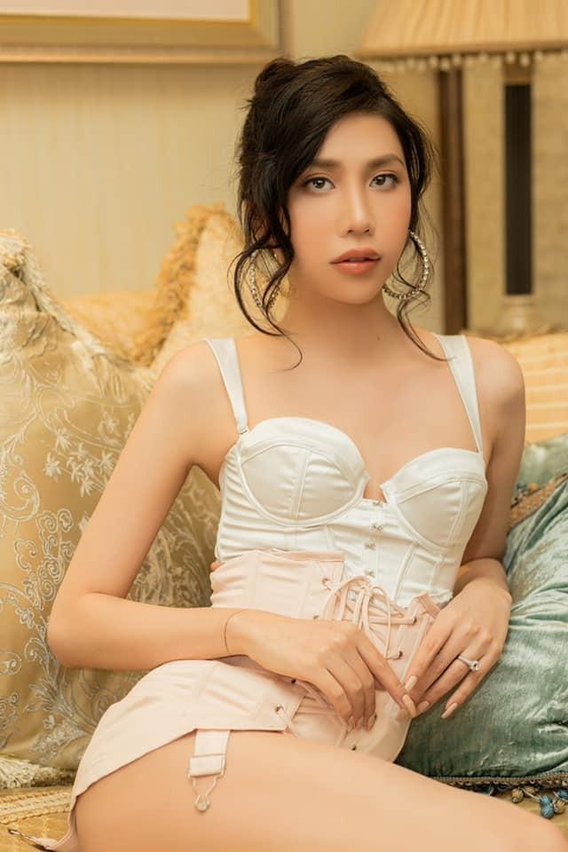 Hot girl chuyen gioi giau co noi danh Instagram la ai?-Hinh-2