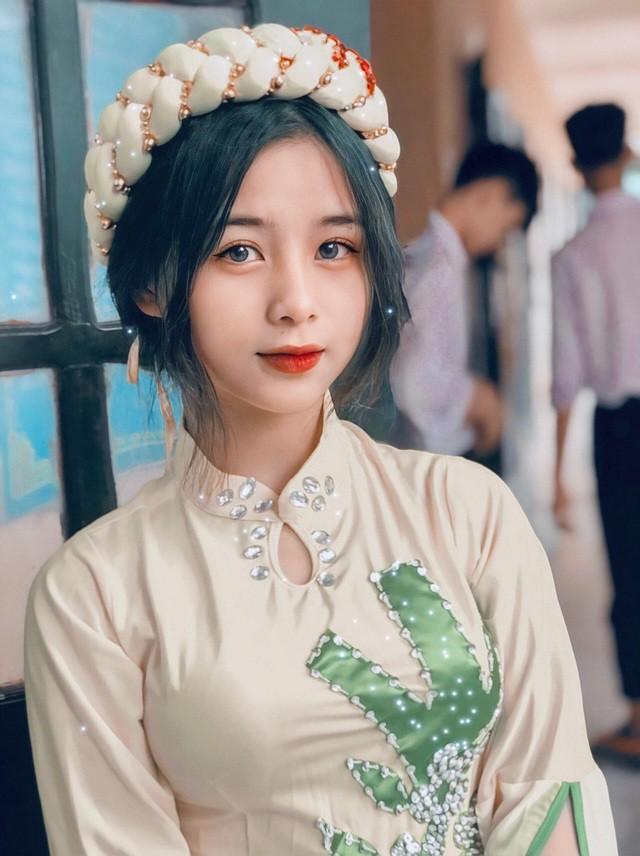 """Dep tinh khoi, nu sinh 2K duoc vi nhu """"ban sao"""" Quynh Anh Shyn-Hinh-2"""
