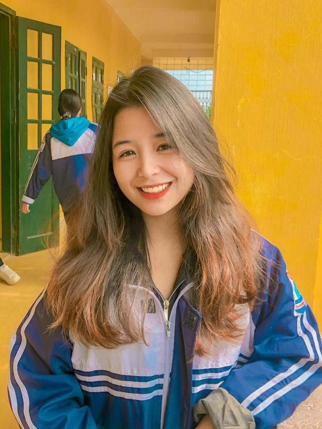 """Dep tinh khoi, nu sinh 2K duoc vi nhu """"ban sao"""" Quynh Anh Shyn-Hinh-9"""