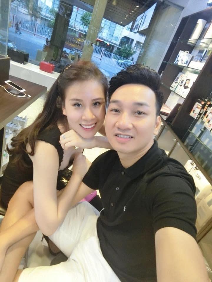 Chi Trung va Thanh Trung dang hanh phuc vien man-Hinh-8