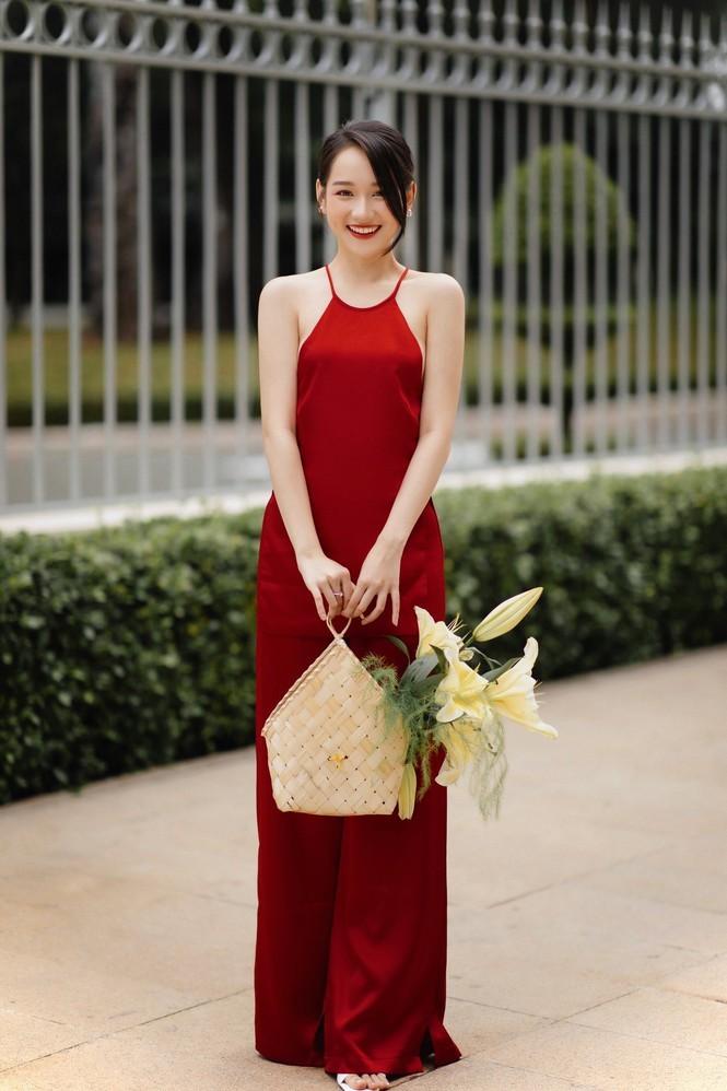 Loat hot girl, rich kid dau nam moi khoe li xi khung-Hinh-6