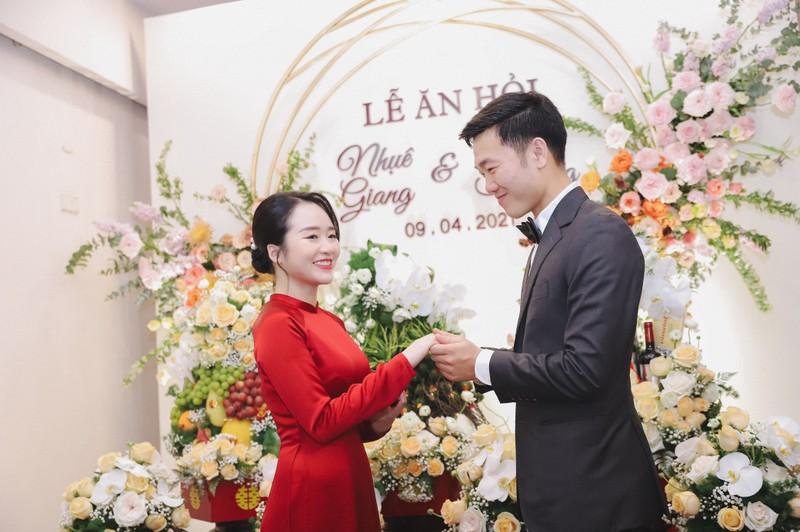 Anh an hoi Luong Xuan Truong, netizen soi goc anh kho hieu-Hinh-2