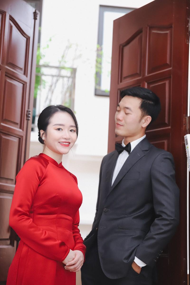 Anh an hoi Luong Xuan Truong, netizen soi goc anh kho hieu
