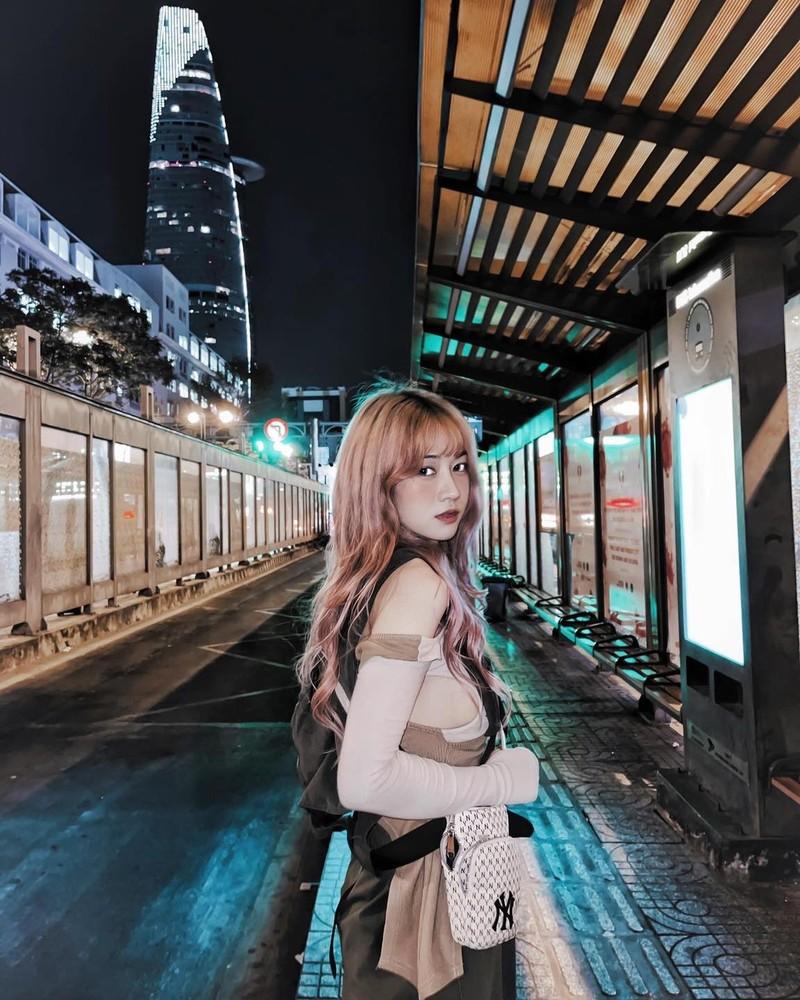 Lai mac ao bo sat, hot girl TikTok nhan du loi giem pha-Hinh-10