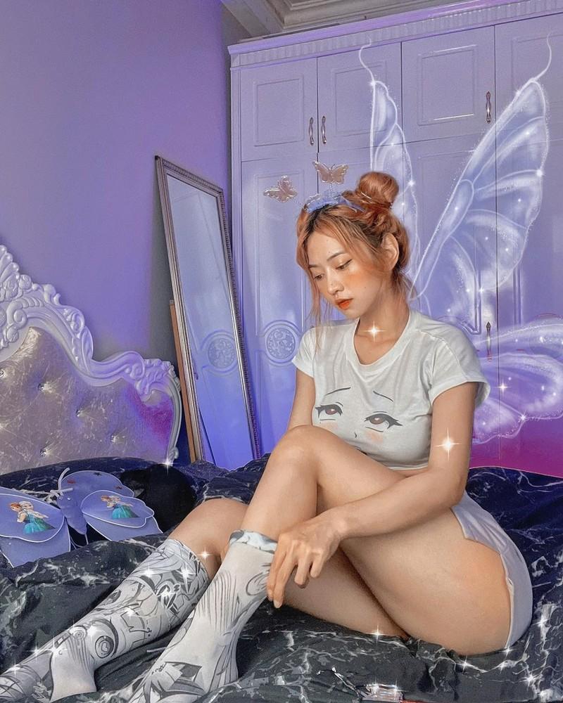 Lai mac ao bo sat, hot girl TikTok nhan du loi giem pha-Hinh-4