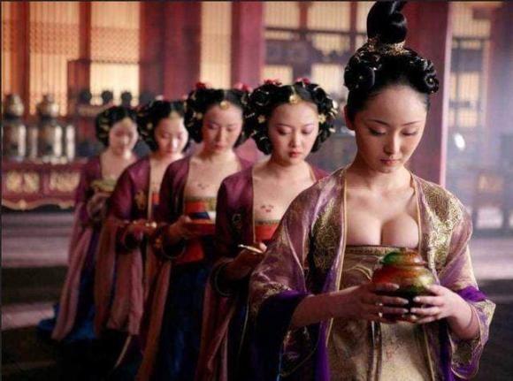 Cac cung nu cua trieu Thanh khong song sot sau khi bi duoi khoi cung-Hinh-4