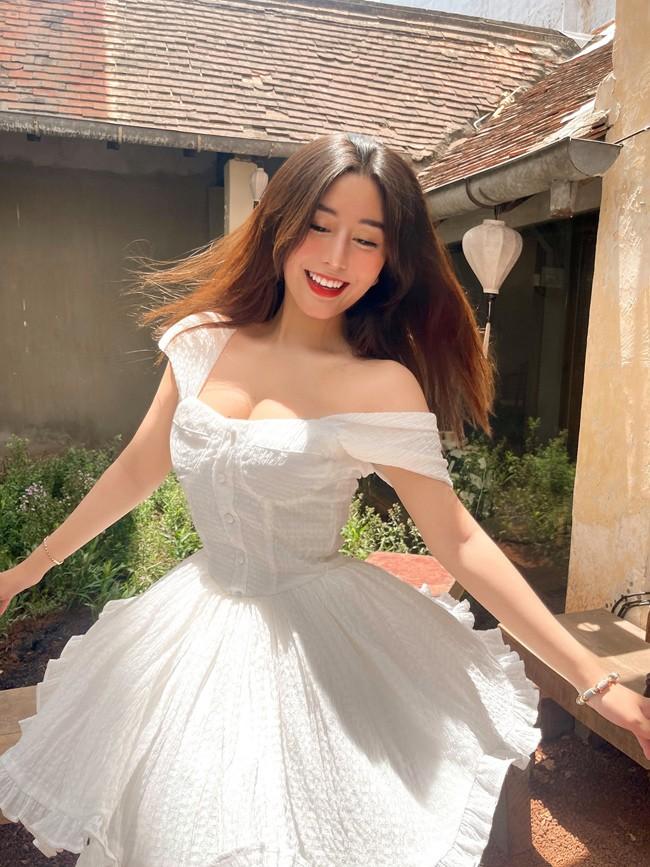 Gai xinh Sai thanh khoe duong cong muot mat voi bikini-Hinh-8