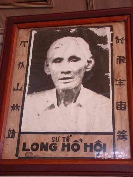 """Vo su Sai Gon bi Quan Cong """"nhap"""", 4 cu da ha 4 ten cuop-Hinh-2"""