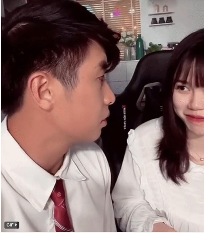 """Lo danh tinh """"bo moi"""" cua ban gai cu Quang Hai, netizen xon xao-Hinh-3"""