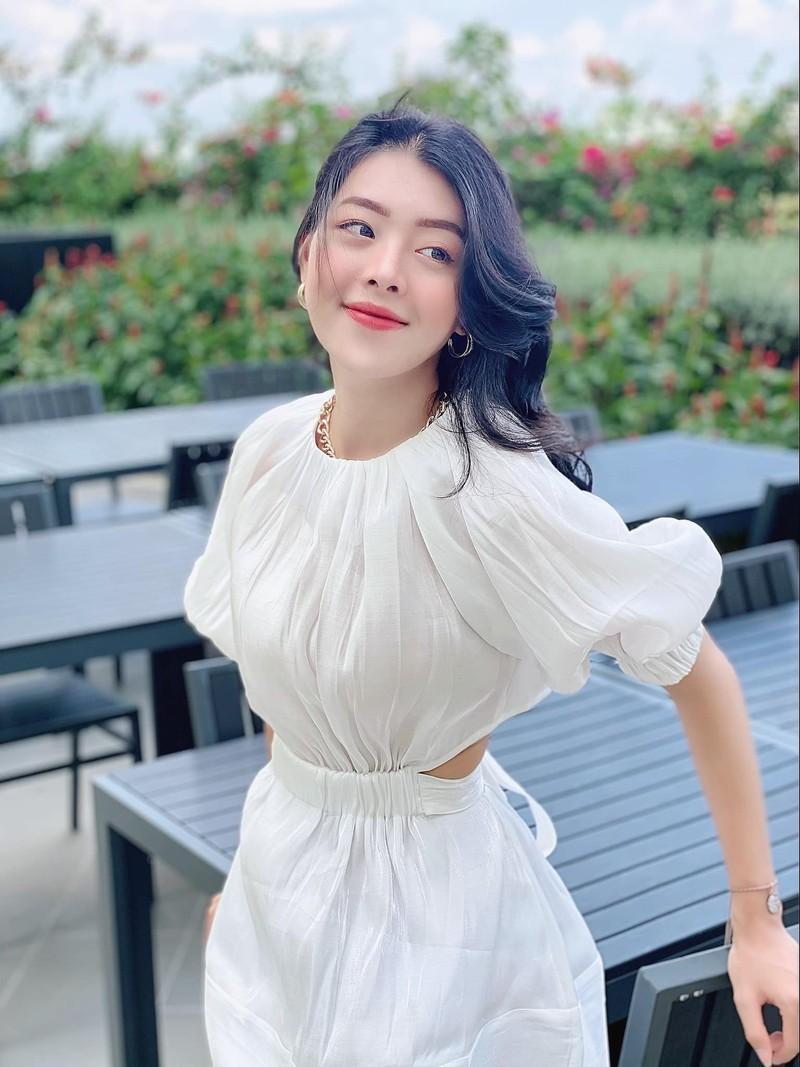 "Nu chinh MV cua Son Tung bi chi trich vi tung ""ca khia"" than tuong-Hinh-3"