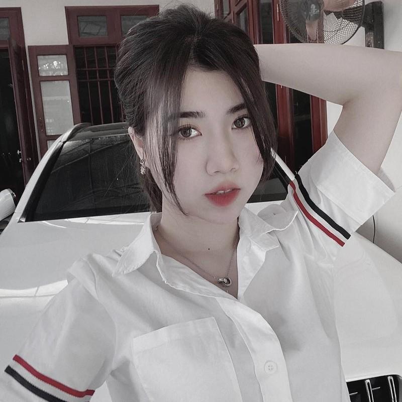 Em gai tien dao doi tuyen Viet Nam lo voc dang chuan hot girl-Hinh-12