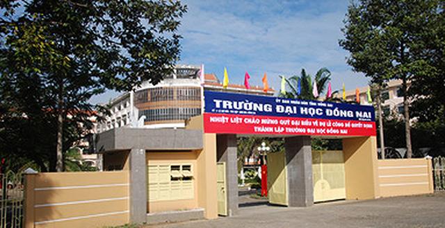 Cach chuc Hieu truong Truong Dai hoc Dong Nai