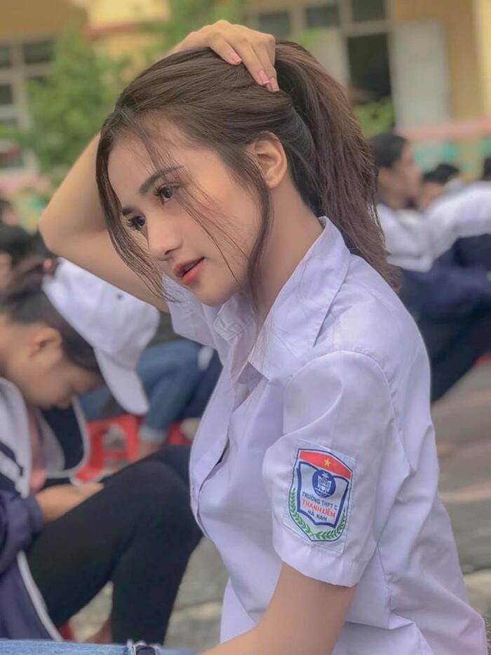 """""""Thien than dong phuc"""" Ha Nam tung len bao Trung gio ra sao?-Hinh-4"""