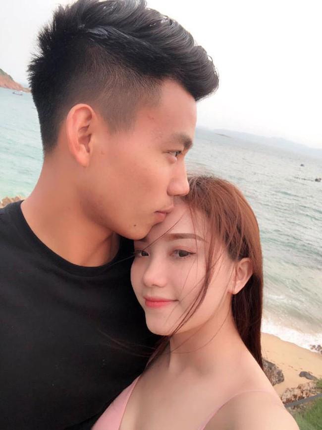 """Chia tay hau ve doi tuyen Viet Nam, hot girl nguc """"khung"""" nhuan sac-Hinh-2"""