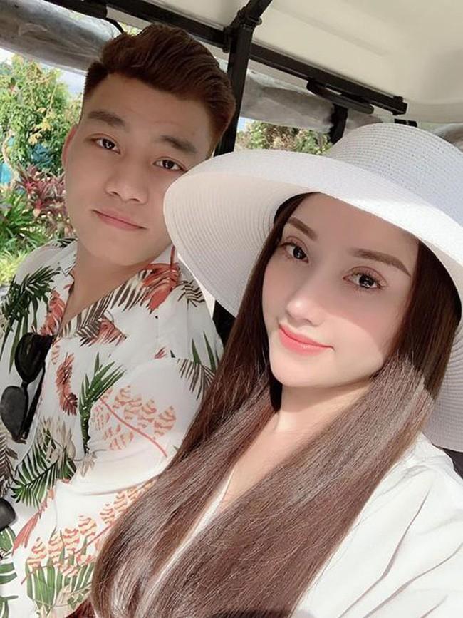 """Chia tay hau ve doi tuyen Viet Nam, hot girl nguc """"khung"""" nhuan sac-Hinh-3"""