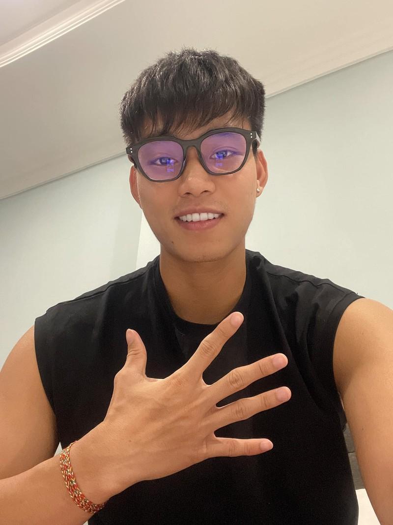 Tro ve sau cach ly, ban gai Van Thanh binh luan la gay chu y-Hinh-3