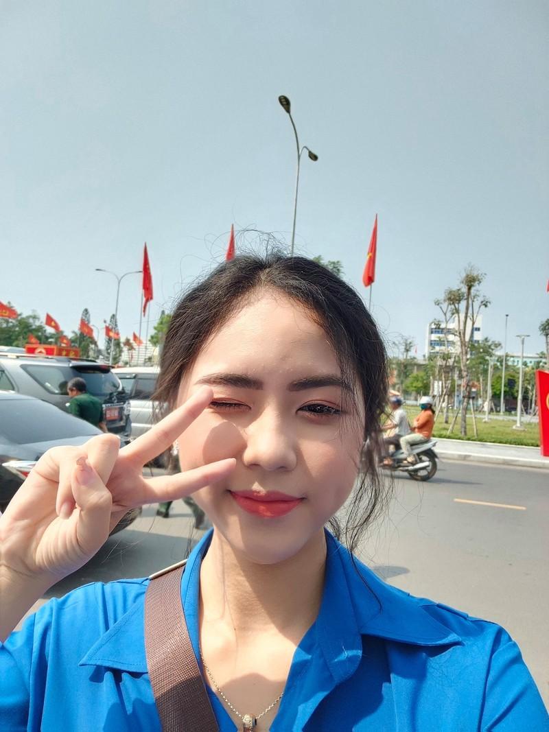 """Len song da lau, """"Hoa khoi Olympia"""" noi tieng bang mot cau hoi-Hinh-6"""