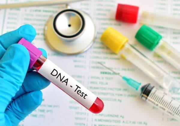 Chong cu nghi bi do vo, nguoi phu nu tuc gian xet nghiem ADN
