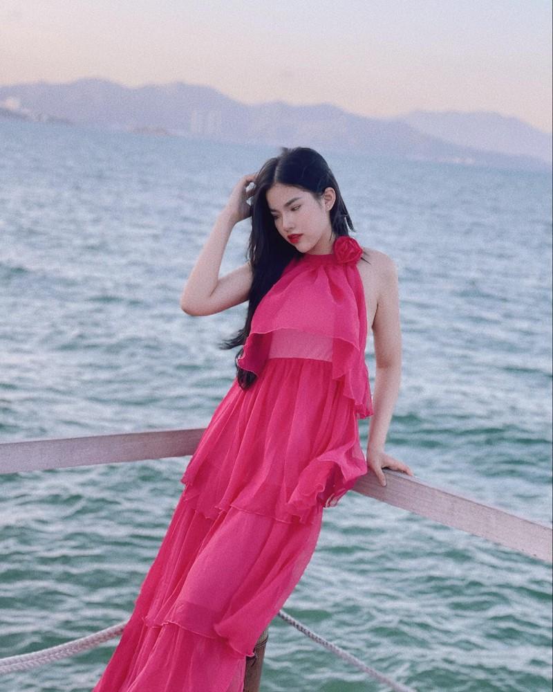 """Thi Hoa hau Hoan vu, gai xinh Nam Dinh nhan """"con mua"""" loi khen-Hinh-8"""