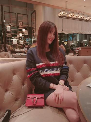 Chi dau to ba Phuong Hang, em gai Cong Vinh co dong thai moi-Hinh-12