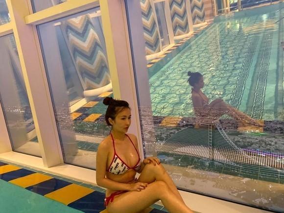 Vo dai gia Minh Nhua tha thinh voi anh bikini-Hinh-3