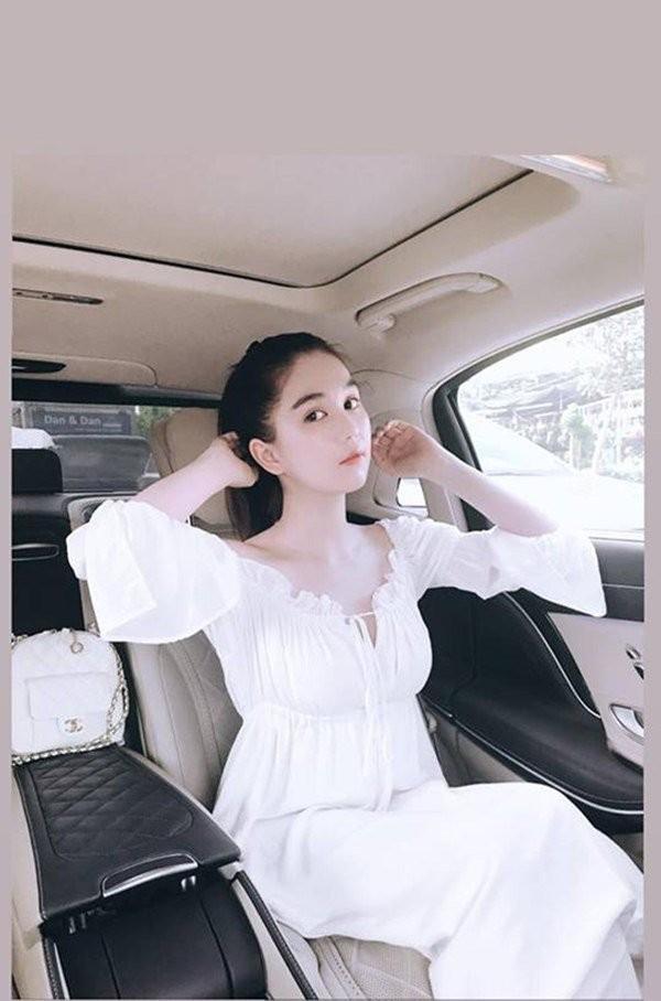 Nguoi dep Viet cong khai 'dua dai gia'-Hinh-3
