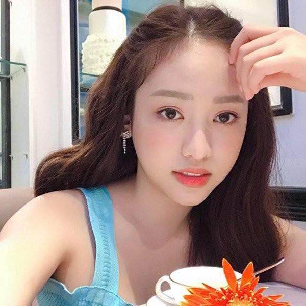 Nguoi dep Viet cong khai 'dua dai gia'-Hinh-6